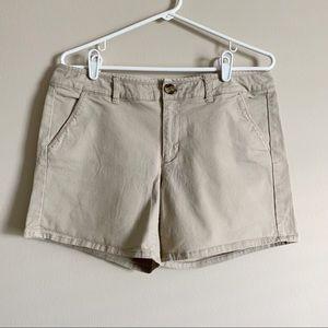 🌻 AMERICAN EAGLE - tan midi shorts - size 12